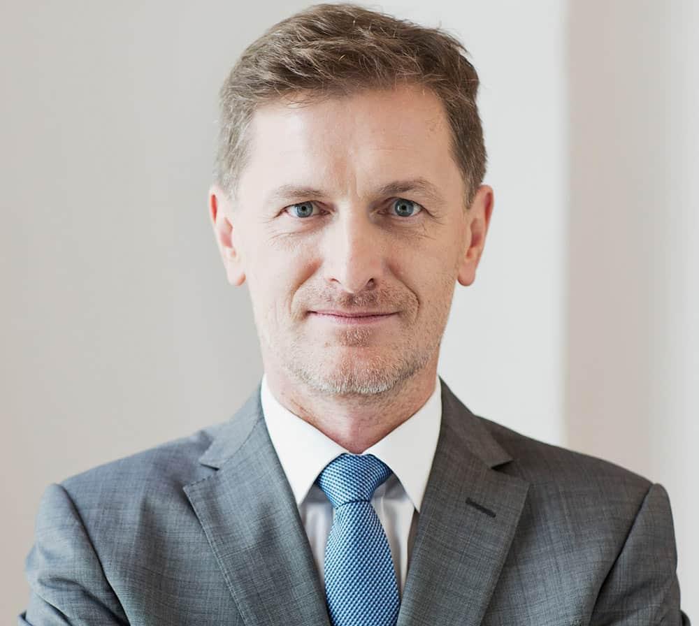 Portrait von Dozent Dr. jur. Armin Bammer