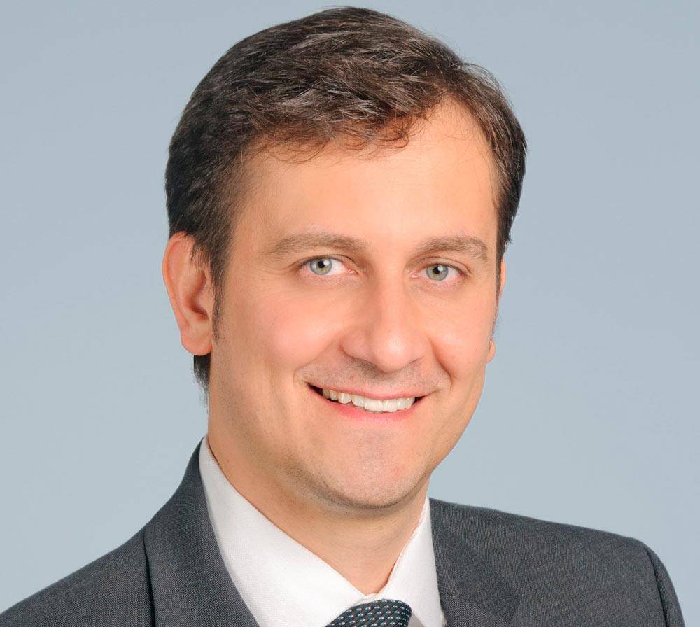 Portrait von Dozent Mag. (FH) Dr. Martin Treml
